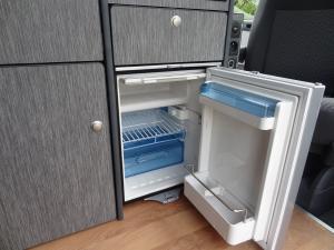 Frigo 50 litres avec freezer