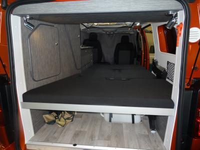 Couchage spacieux: 193x143cm (au plus large)