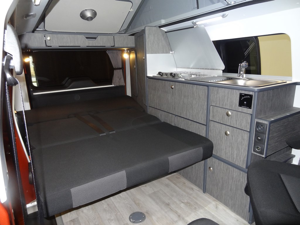 amenagement peugeot expert tepee en camping car blog sur les voitures. Black Bedroom Furniture Sets. Home Design Ideas